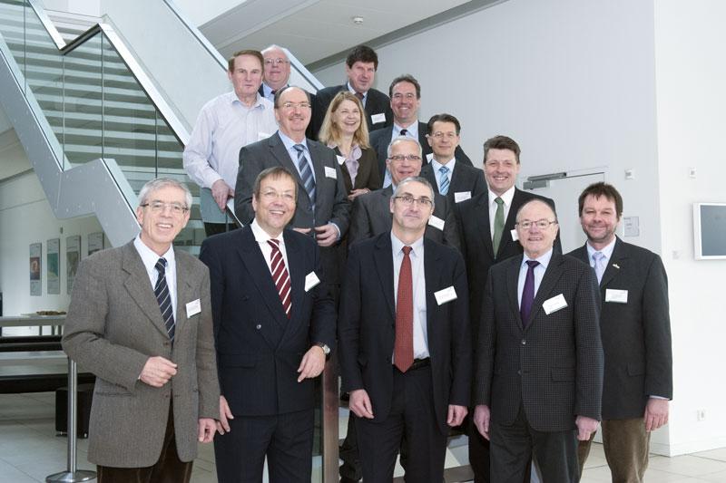 Die Beiratsmitglieder und der Vorstand des BioEconomy e.V. bei der konstitutierenden Sitzung des Beirats